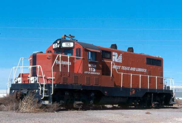 Roster Photo: S&L GP10 #7 wears a brownish-red over white livery with black trim on nose.
